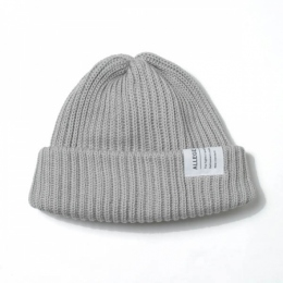 Short knit cap