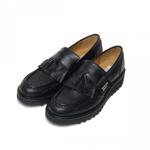 New Hollywood Tassel Loafer