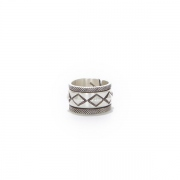 Cobblestone Silver Ring Narrow by STANLEY PARKER
