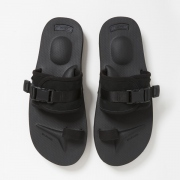 HUNTER SANDAL by SUICOKE